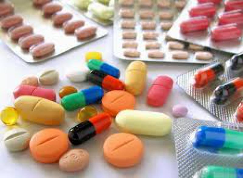 Más voces en contra de las subastas de medicamentos. Ahora también las asociaciones de pacientes.