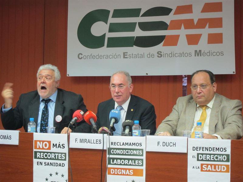"""""""Una subida salarial anual del 1% es un insulto a los médicos: en 2010 nos quitaron el 10%"""", dice Francisco Miralles, Secretario General de CESM."""