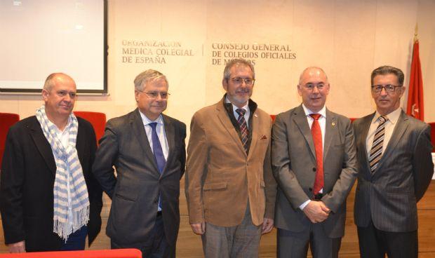 Los ponentes de la mesa sobre precariedad laboral: Gabriel del Pozo, Fernando Carballo, Juan Manuel Garrote, Francisco Miralles y Rafael Carrasco