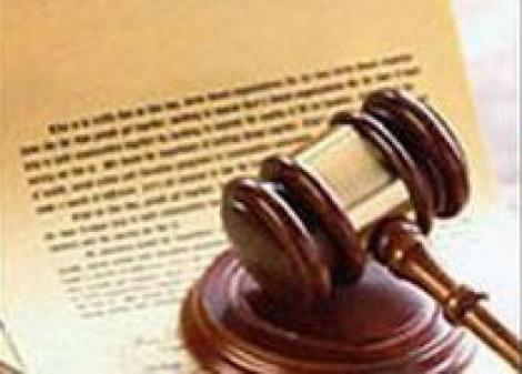 Un juez responsabiliza al SAS de los errores en las recetas de un médico sometido a una gran presión asistencial.