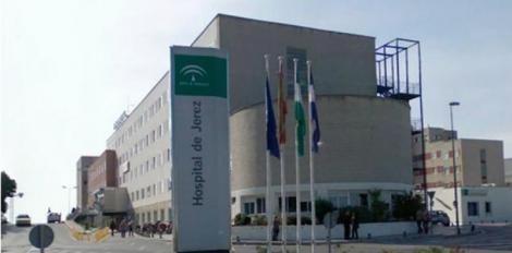 200 pacientes evacuados del Hospital de Jerez por un incendio.