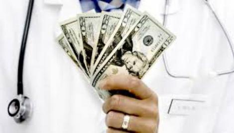 Los médicos andaluces son los peor pagados de España, tanto en Primaria, en Hospitales y en las Guardias.